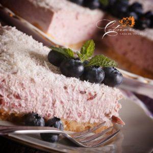 cheesecake-cu-coacaze-proaspete-361x240