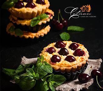 Mini tarte cu vișine