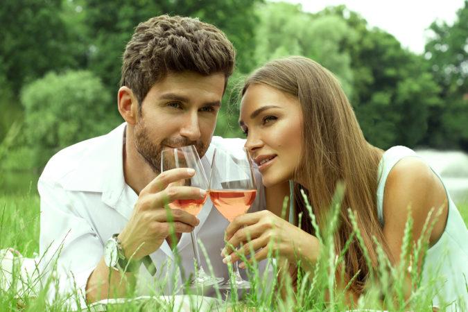 Povestea vinului rose sau iluzia fericirii – Partea intai